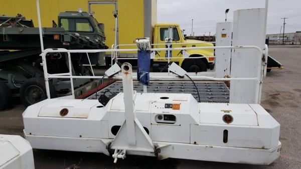 Global GSE - Wasp AO3491D Towable Aircraft Cargo Scissor Lift