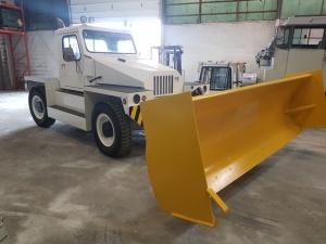 NMC- Wollard MB-4 Aircraft Tug/ Snow Plow Truck: Front Passengerside